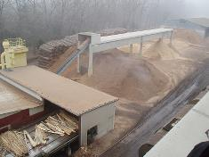 The  FunderMax biomass-fired CHP plant uses waste wood from the production of plywood as fuel.